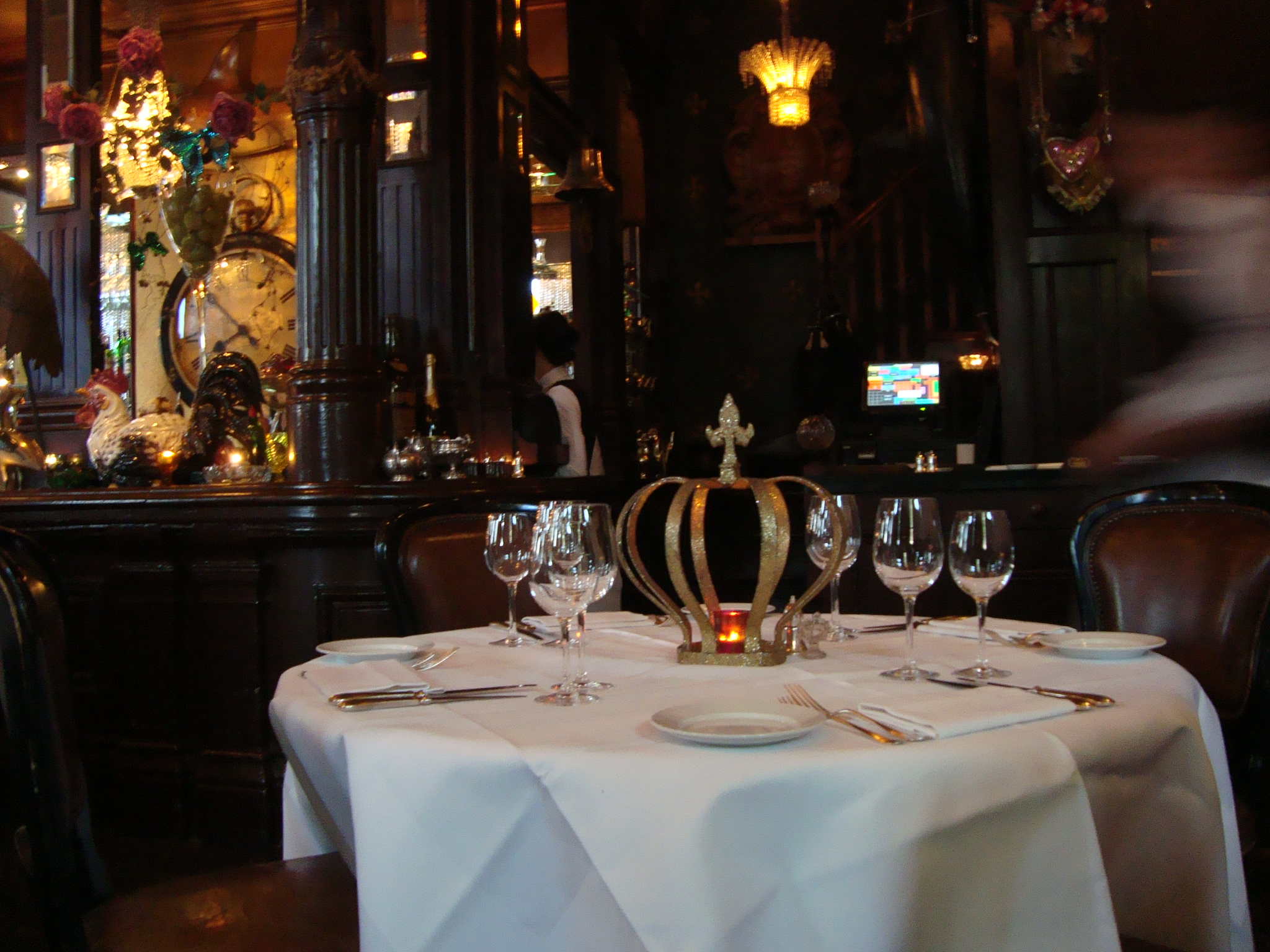 Les-Trois-Garcons-restaurant-table-London