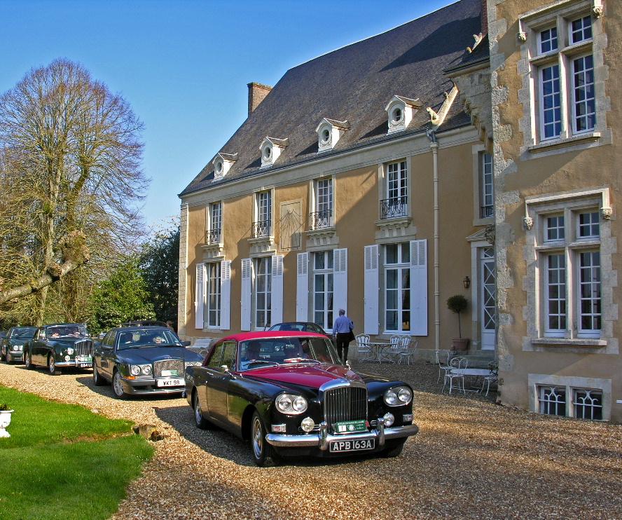 rolls-royce-chateau-barre-hotel-vanssay-loire-france