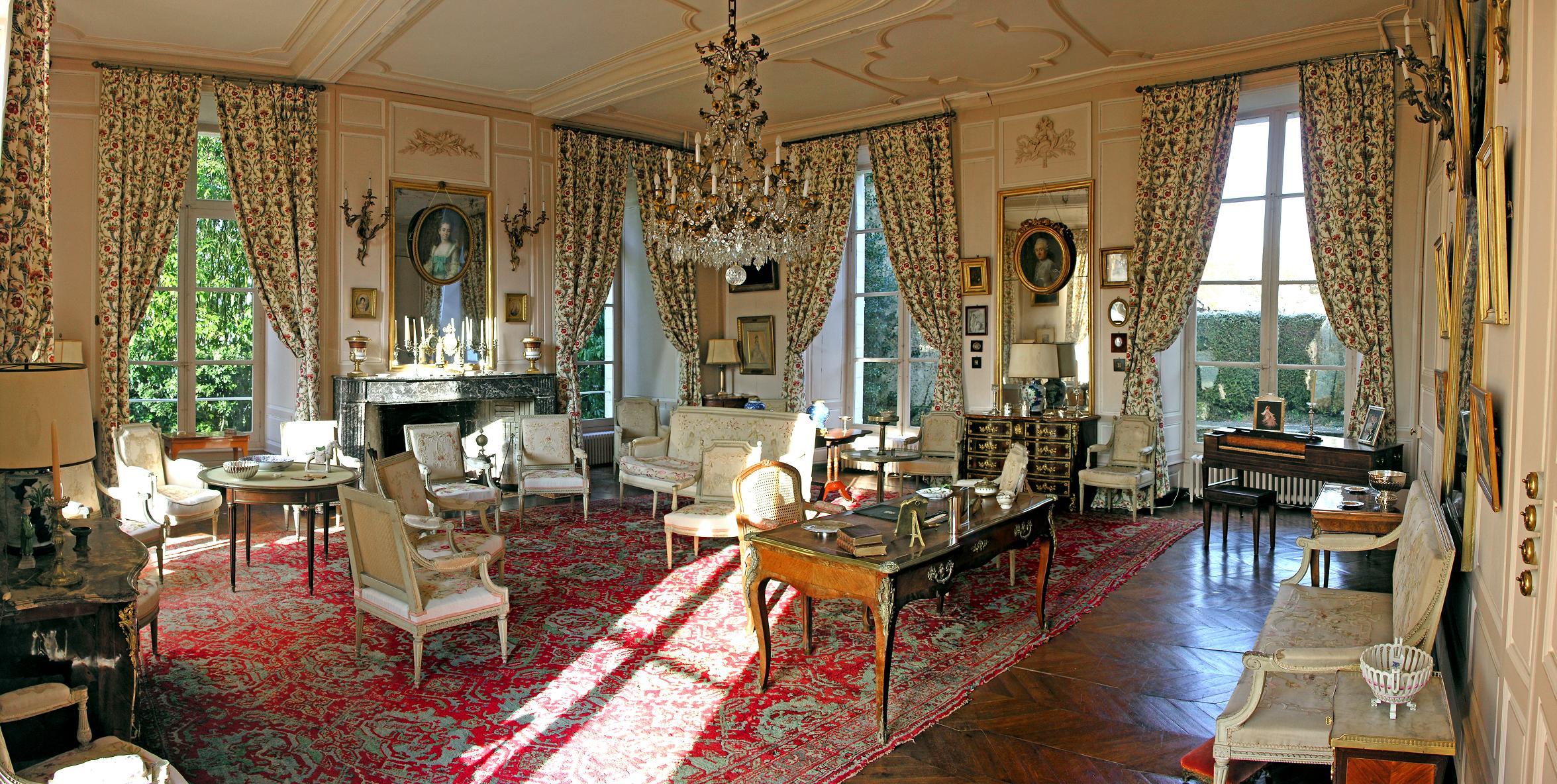salon-chateau-barre-hotel-vanssay-loire-france