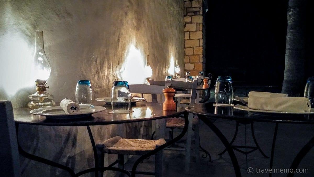 Romantische Ambiance im Ouzeri Restaurant