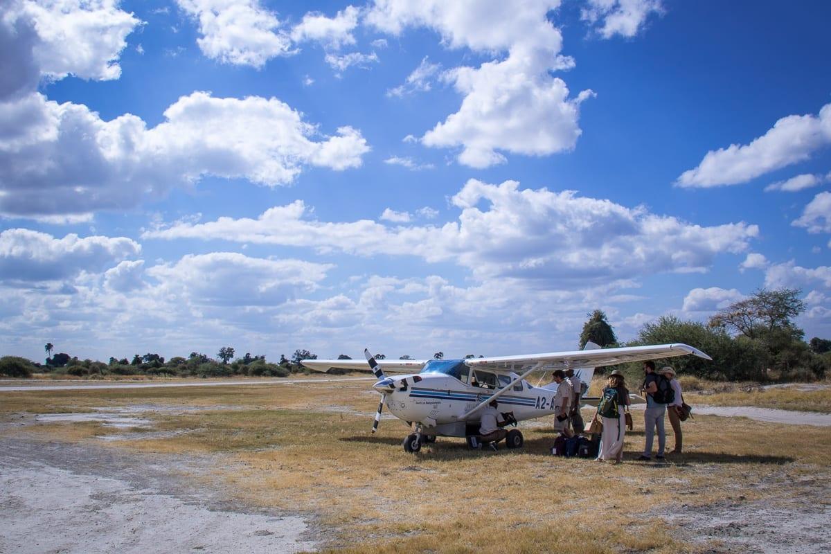 Typisches Boarding einer Flugsafari